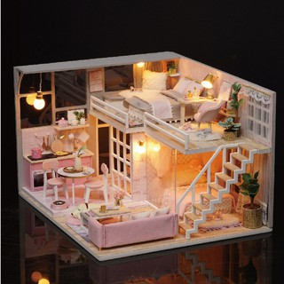 Handmade Wooden Doll House Miniature DIY Dollhouse Toy Model with Furniture