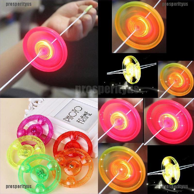 Đồ chơi đĩa nhựa quay có đèn LED nhiều màu dành cho bé
