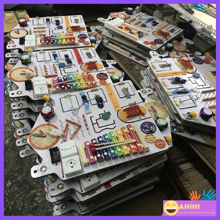 Đồ chơi cho bé,Bảng bận rộn Busy board đầy đủ chức năng nhất kết hợp cùng bảng xếp hình khối nhiều màu sắc bằng gỗ