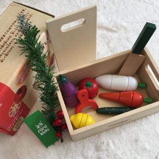 Bộ đồ chơi gỗ cắt rau, củ, quả