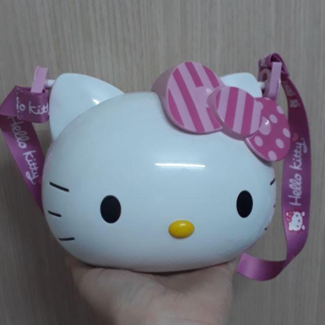 Bình nước Hello Kitty hồng
