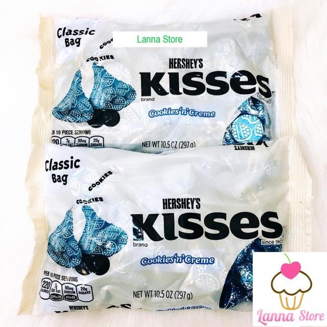 Sô cô la Kisses cookie and cream - Mỹ