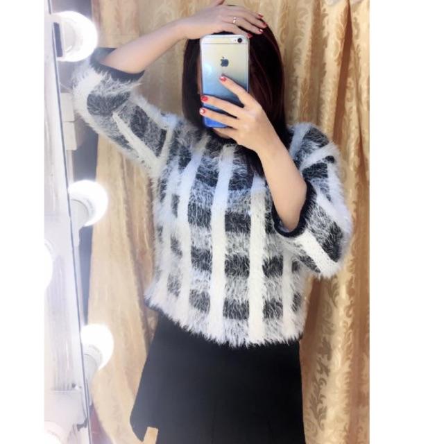 Áo len lông kẻ ô trắng -A050103