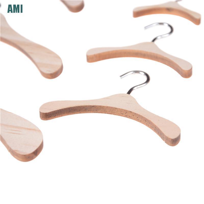 [D] Handmade All Doll Clothes Hanger Wood Furniture Coat Hanger Model Toy Gifts (ghg)