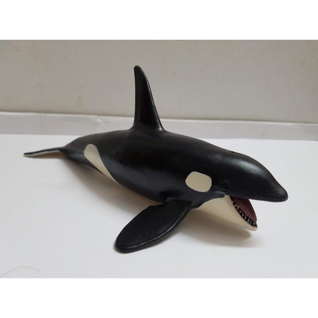 Mô hình cá voi sát thủ (mẫu 02)