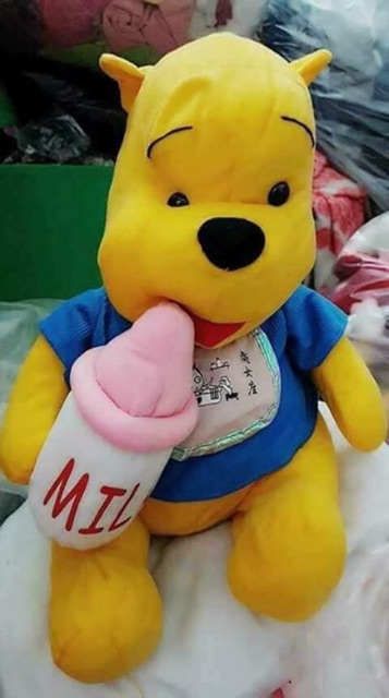 Gấu bông Pooh bình sữa