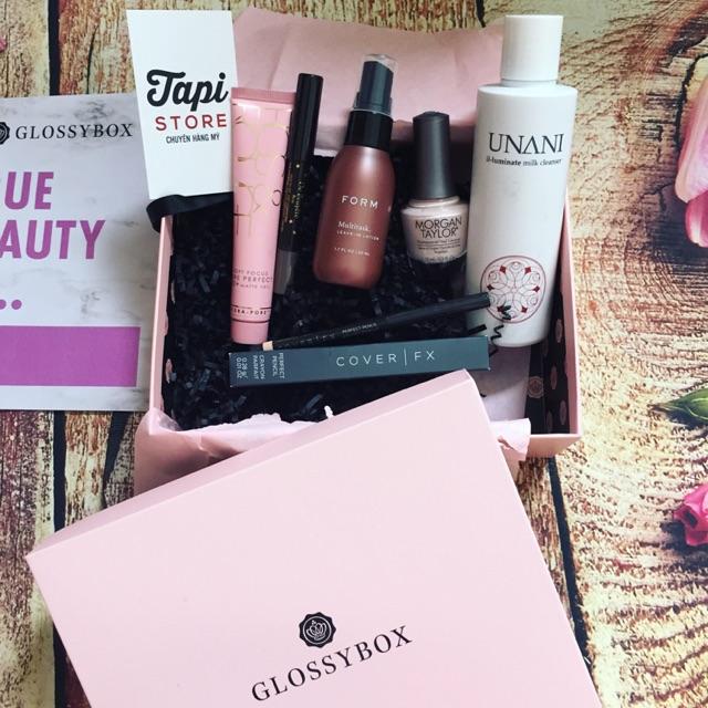 Set dưỡng da & trang điểm Glossybox True Beauty Is... - 2451110 , 1342652022 , 322_1342652022 , 720000 , Set-duong-da-trang-diem-Glossybox-True-Beauty-Is...-322_1342652022 , shopee.vn , Set dưỡng da & trang điểm Glossybox True Beauty Is...