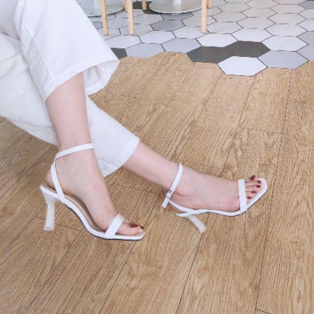 Giày cao gót 7p quai mảnh gót lõi sơn siêu đẹp