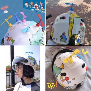 [CÓ SẴN] Chong Chóng Doraemon gắn xe, mũ bảo hiểm (Tặng Kèm Chong Chóng Sơ Cua)