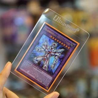 Thẻ bài YUGIOH Elemental Hero Core – Tặng bọc bài nhựa bảo quản