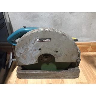 Máy cắt sắt 2000W cũ ( Tặng 4 đĩa cắt sắt + 2 lưỡi cắt nhôm, gỗ)