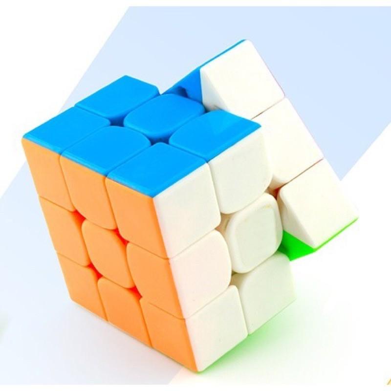 Rubik nhựa xoay 3×3