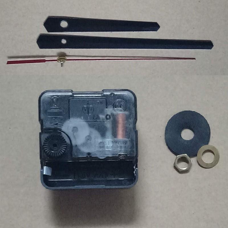 Bộ kim đen 11cm và Máy đồng hồ treo tường Taiwan kim giật M3288
