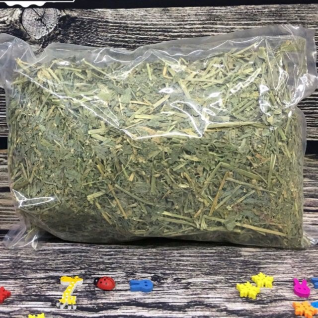 [Giá Rẻ Nhất]  Cỏ alfalfa nữ hoàng cho thỏ chuột lang - túi 500gr   Sản Phẩm Bán Chạy