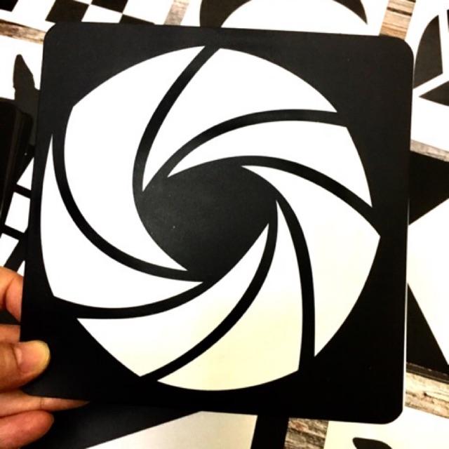 Flashcard đen trắng kích thích thị giác trẻ sơ sinh