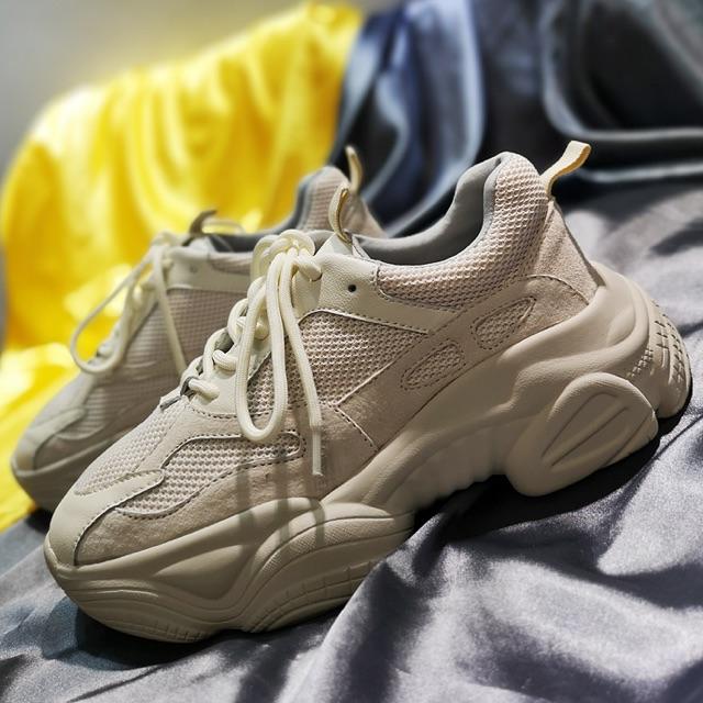 Giày sneaker nữ xịn đẹp để khủng nâng đế 5p da lộn phối màu cực đỉnh