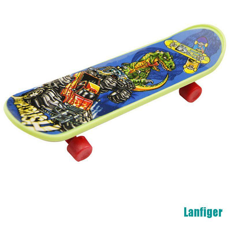 【Lanfiger】Children Mini Finger Board Fingerboard Skate Toys Children Gifts Party