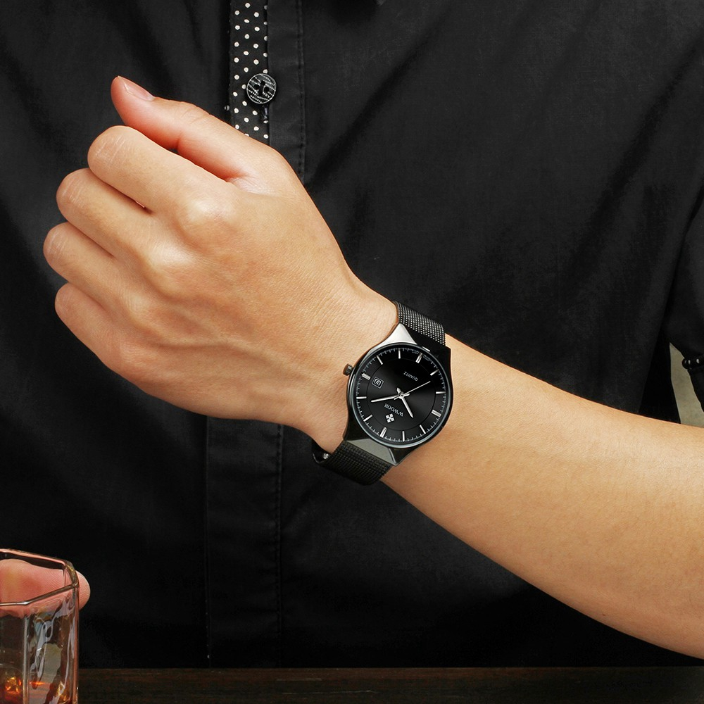 Đồng hồ WWOOR 8016 chất liệu thép không gỉ chống nước siêu mỏng cho nam