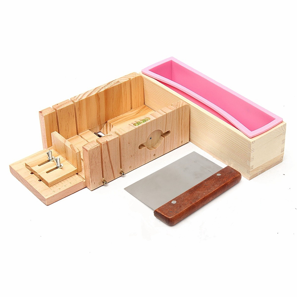 Dụng cụ cắt xà phòng bằng gỗ