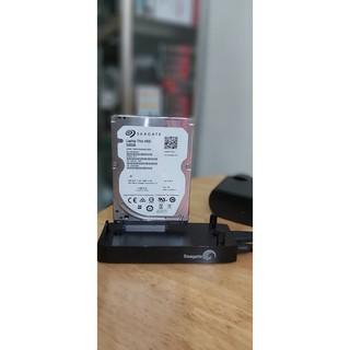 Dock USB dùng cắm ổ cứng ngoài để trích xuất dữ liệu
