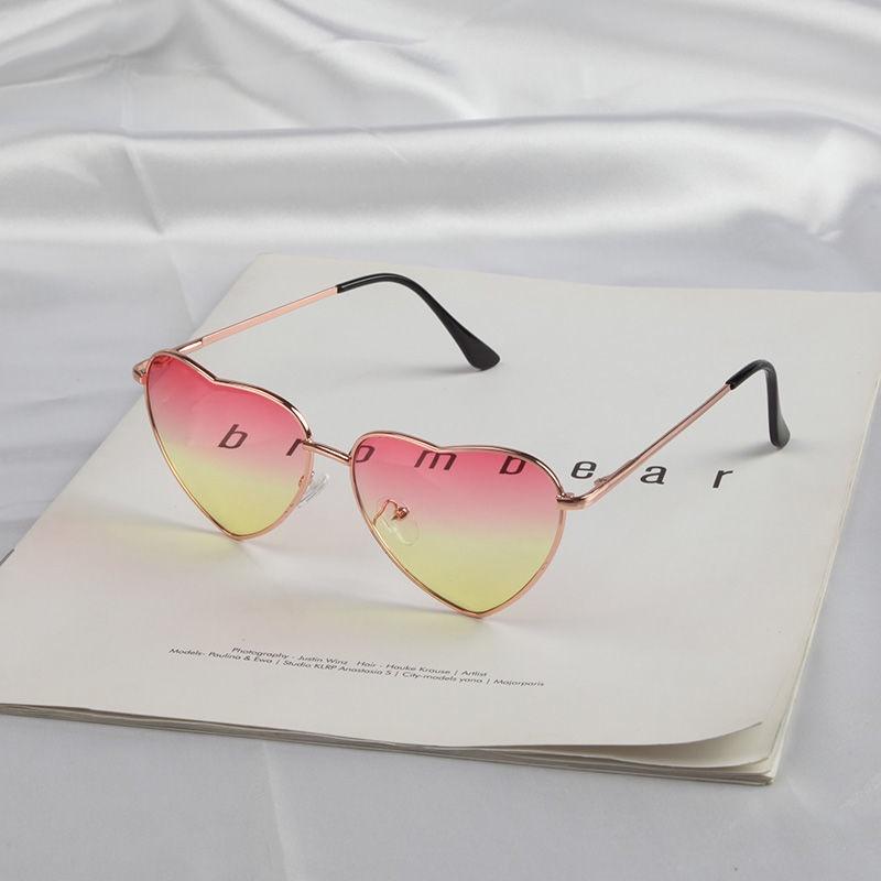 Ins Red Heart-shaped Korean Men's and Women's Tide Retro Metal Love Sunglasses Street Peach Heart Ocean Sunglasses