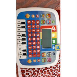 Máy tính bảng cho bé