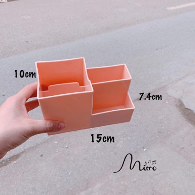 Khay Kệ Nhựa Đựng Bút/ Cọ Trang Điểm/ Đồ Để Bàn Đa Năng Tiện Dụng nhiều màu kích cỡ 15*7.4*10cm