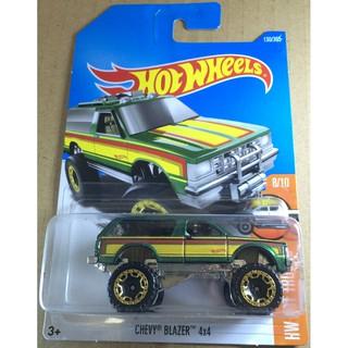 Xe mô hình Hot Wheels Chevy Blazer 4×4 DVB66