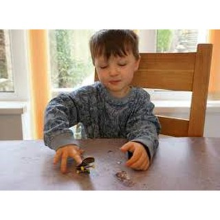 Đồ chơi trẻ em phát triển tư duy và kỹ năng phản xạ cho bé yêu – Ván trượt tay Fingerboard