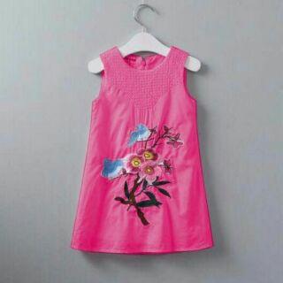 Váy thêu hoa form chữ A