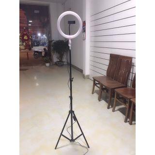 Đèn trợ sáng Livestream, chụp hình cận mặt