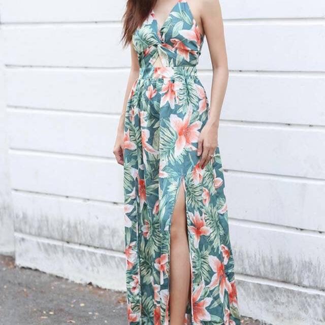 Váy Hoa Xanh + túi Tote trắng