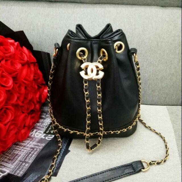 Túi Chanel rút dây