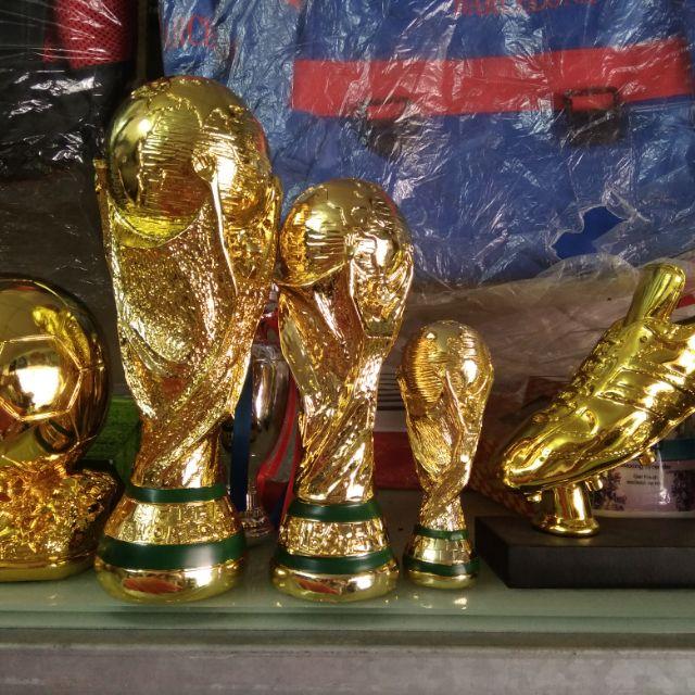 Cup vàng world cúp 36cm và cup găng tay vàng