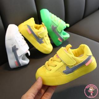 Giày thể thao in hoa đế mềm chống trượt cho bé thumbnail