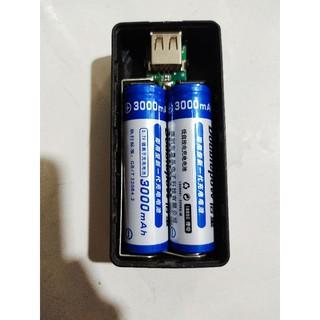 2 pin lithium 3000mah 18650 kèm đồ sạc