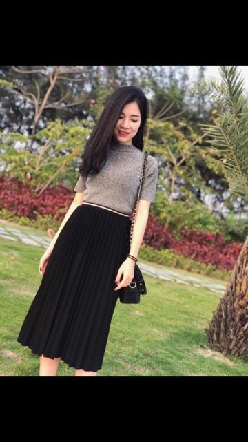 1008320451 - Chân váy xếp ly màu đen size m
