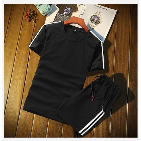 áo thun nam tay ngắn và quần thể thao năng động