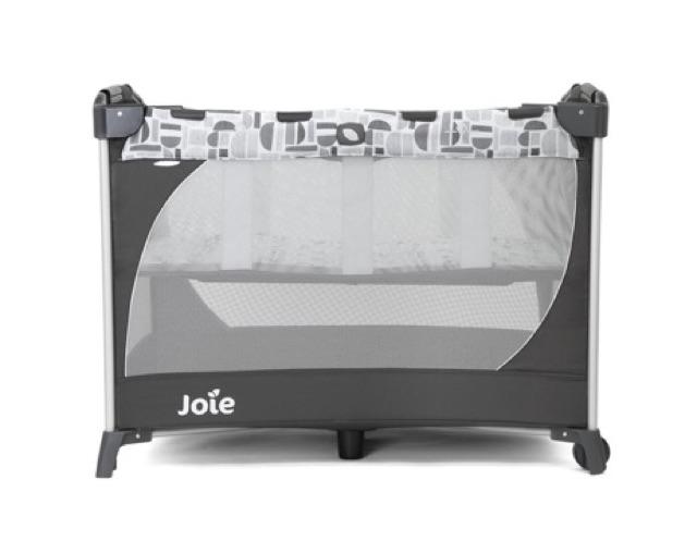 Giường cũi Joie Commuter Change Logan ( tặng ô che mưa Joie)