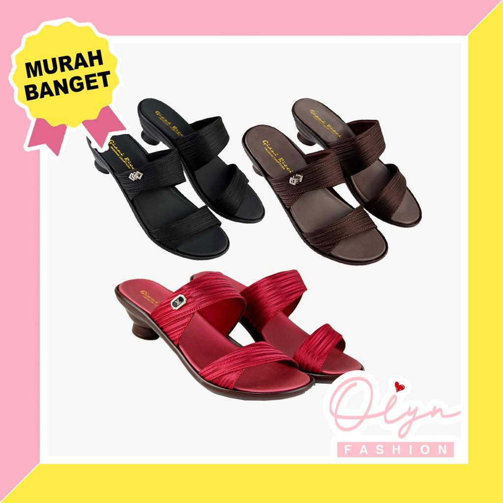 Giày Sandal Nữ T 12 Kiểu Dáng Đơn Giản Trẻ Trung Năng Động