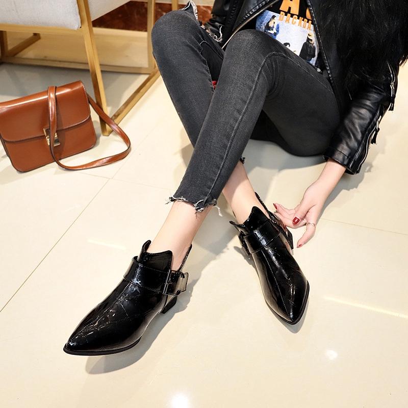 Giày Boot Cao Gót Phong Cách Trẻ Trung Dành Cho Nữ
