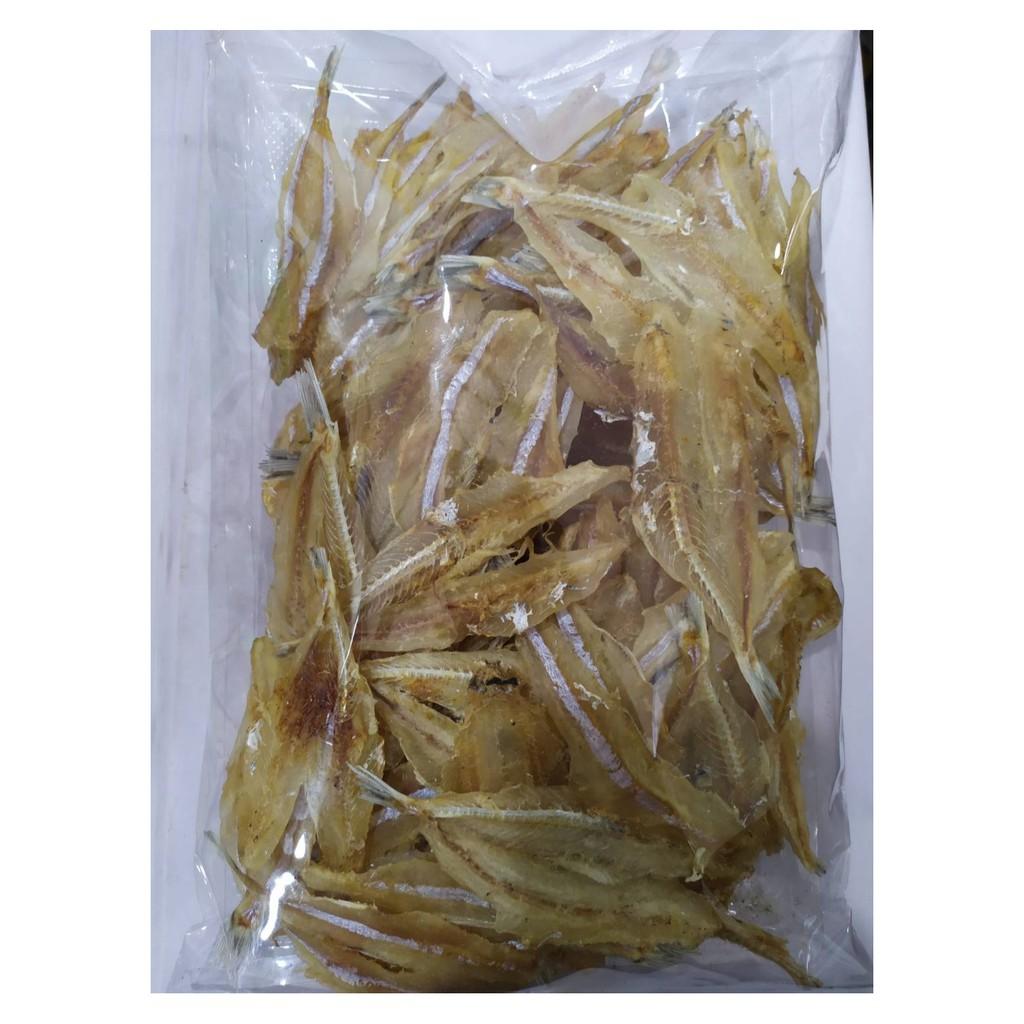 ปลาแก้วอบแห้ง ครึ่งโล จากชลบุรี