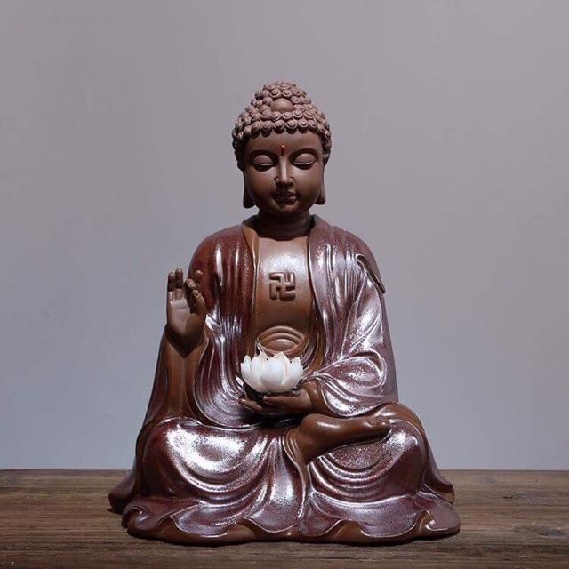 Tượng Phật thờ cúng