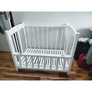 Giường cũi trẻ em Trắng (100% gỗ tự nhiên, sơn PU cao cấp) làm giường cho bé ngủ riêng, tạo thói quen tự lập cho bé