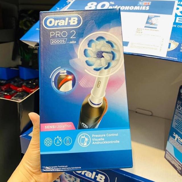 Bàn chải điện Oral-B Pro 2 2000