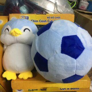 Bộ đồ chơi chim cánh cụt và banh- km từ dutch lady