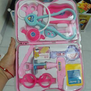 Bộ đồ chơi bé làm bác sỹ