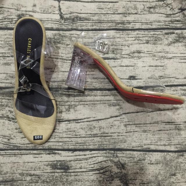 Giày sandal kem gót vuông trong - 2801715 , 750807209 , 322_750807209 , 400000 , Giay-sandal-kem-got-vuong-trong-322_750807209 , shopee.vn , Giày sandal kem gót vuông trong