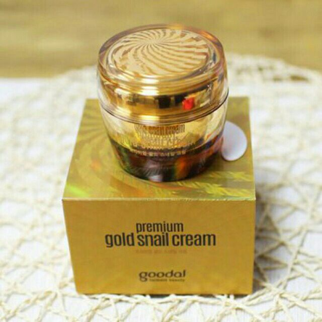 Kem dưỡng da chiết xuất ốc sên vàng Goodal Premium Gold Snail Cream