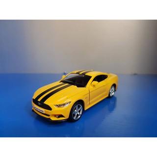 Xe mô hình Ford Mustang GT 1:36